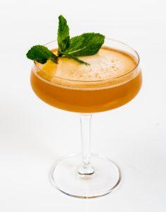 Klassischer kann ein Cocktail mit kubanischem Rum wohl kaum sein - der Old Cuban; Bild: Pernod Ricard Deutschland